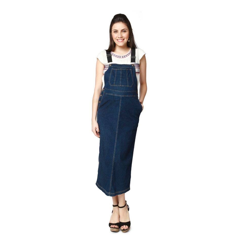 NINE MATERNITY DUNGREE SKIRT IN SOFT DENIM